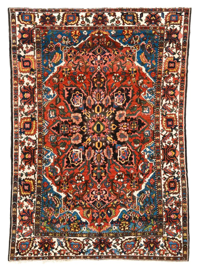 "Antique Persian Bakhtiari 7'4""×10'1"""